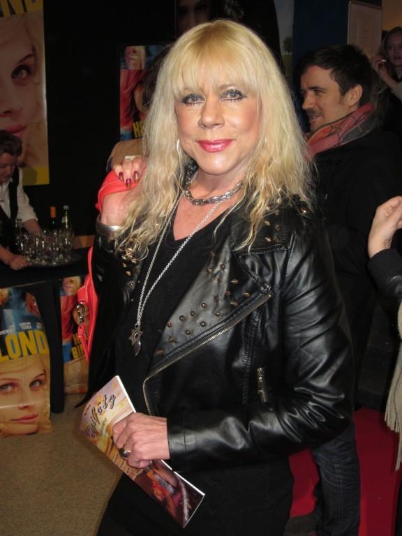 Margit Geissler auf der Premiere von HEUTE BIN ICH BLOND (Foto: Bernhard Wildegger)o