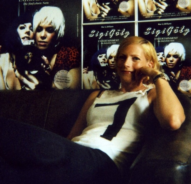 Annika Herr in MAKING OF SGE - THE COVER SESSIONS